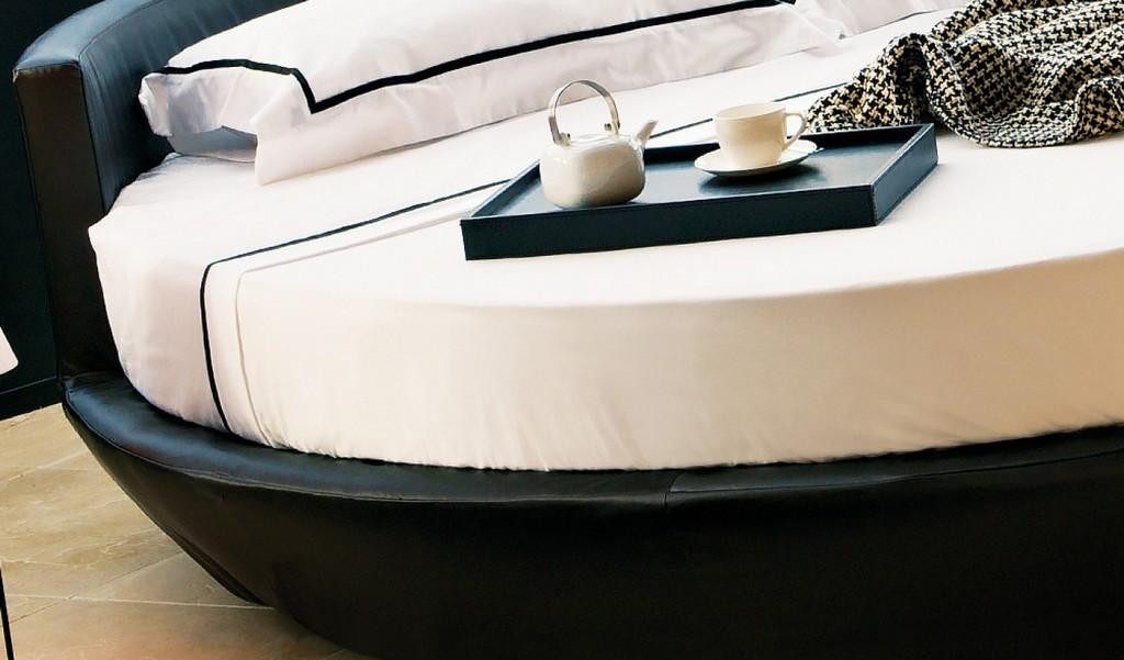 Marina Modern Yuvarlak Deri Yatak