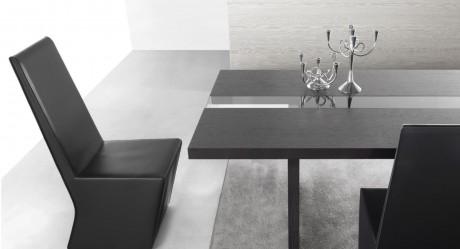 Glass Detail Yemek Masası