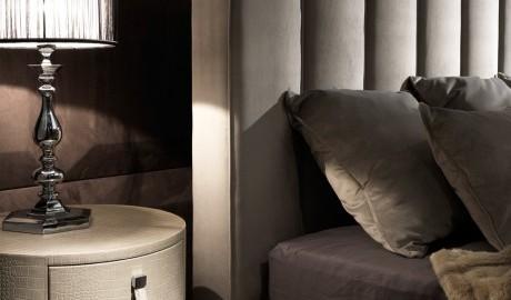 İtalyan Tasarım Nubuk Deri Yatak