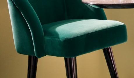 Üstün Tasarım Bar Sandalyesi